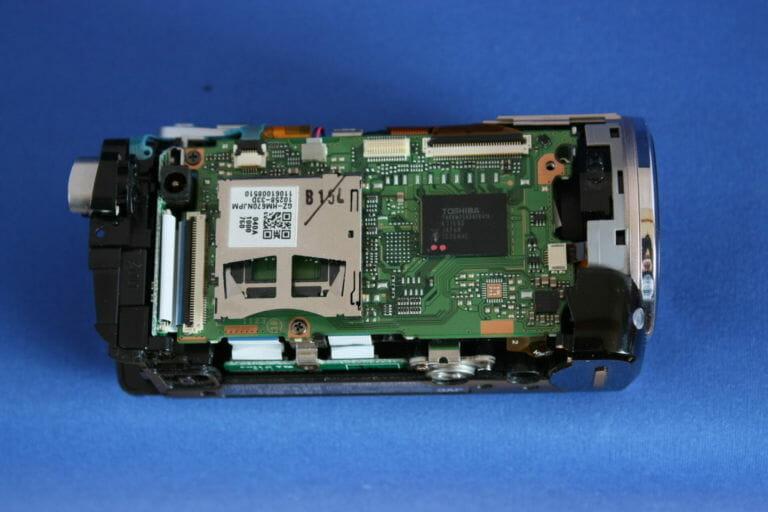 GZ-HM670内部画像
