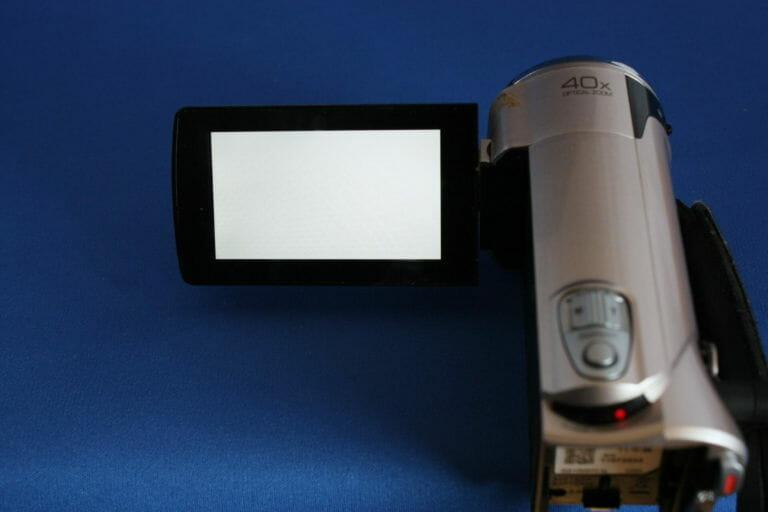 GZ-HM670 液晶真っ白