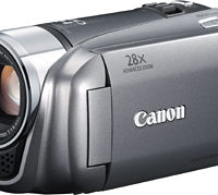 Canon HF R21